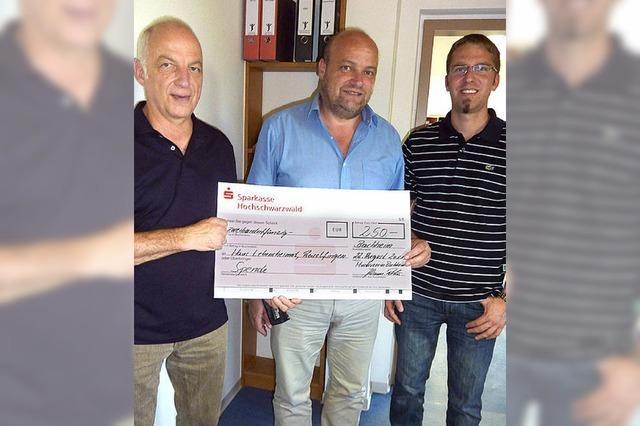 Musikverein spendet an die Lebensheimat