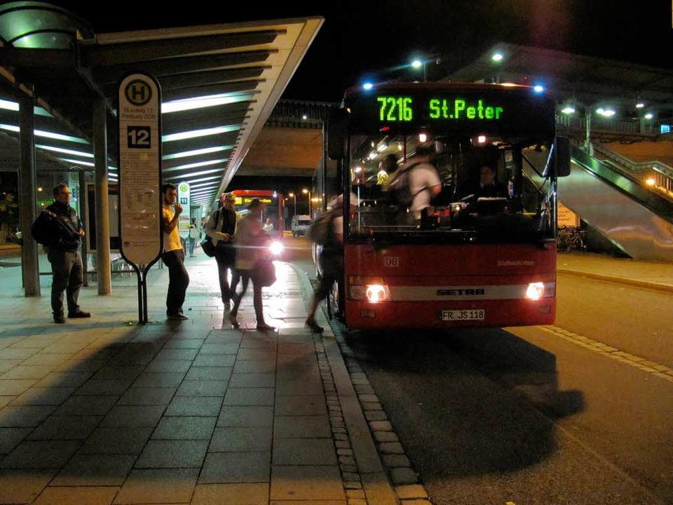In Discobussen gibt es immer wieder Är...aden Bus nun einen Riegel vorschieben.  | Foto: Milan Neugebauer