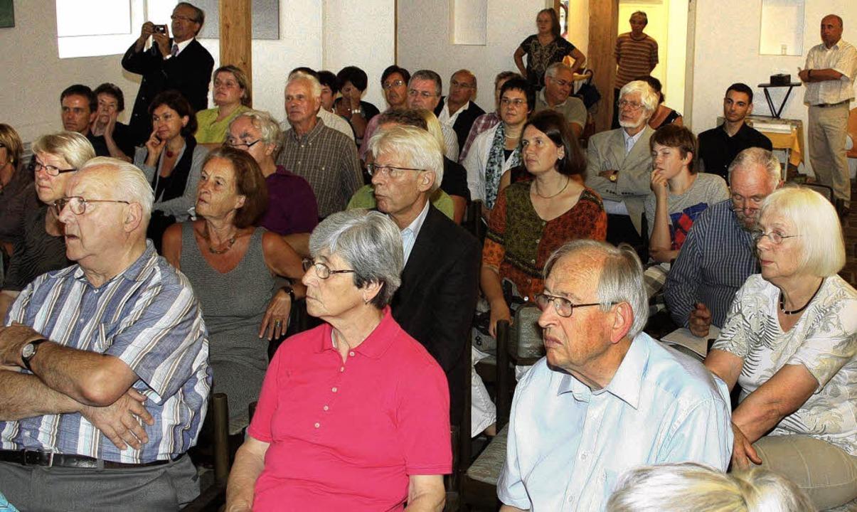 Auf reges Interesse stieß die Filmprem...ligen Synagoge von Ettenheim-Altdorf.   | Foto: sandra decoux-kone