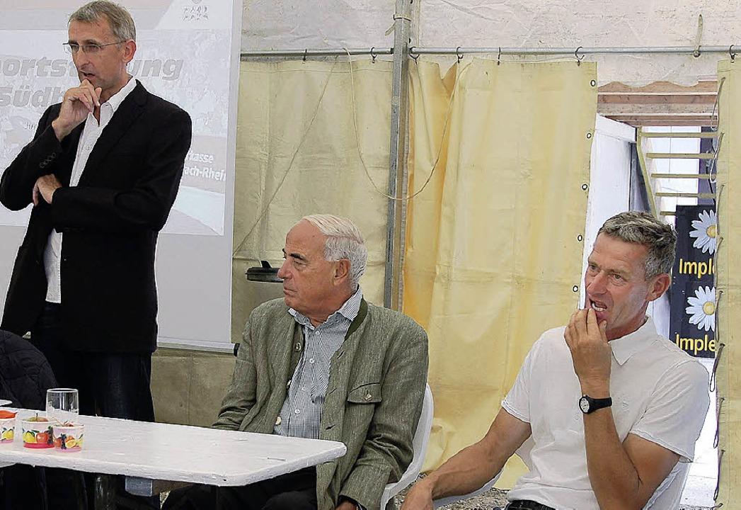 Initiatoren der Sportstiftung: Armin S...s) mit BSB-Präsident Gundolf Fleischer  | Foto: Herbert Frey