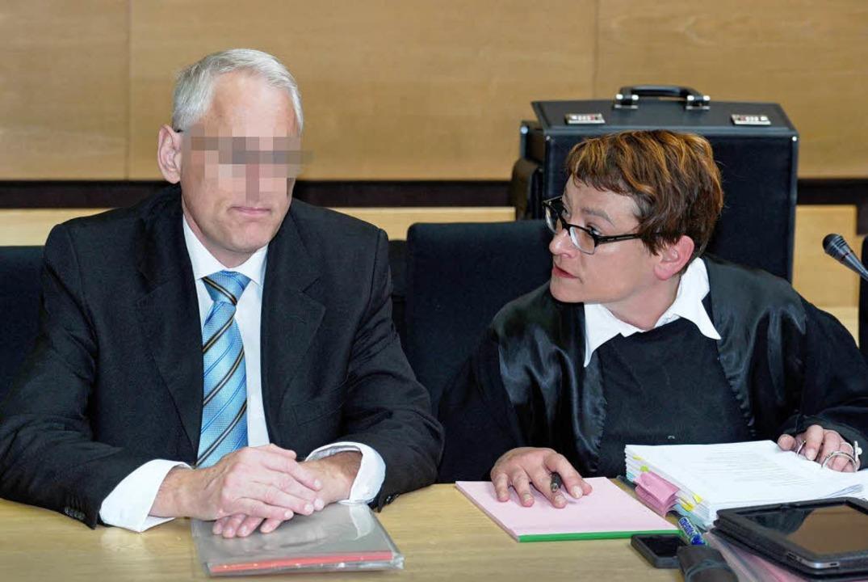 Der ehemalige Todtmooser Hotelier Mark...von Schnakenburg) schwieg am Dienstag.    Foto: Thomas F. Starke/ Westfalen-Blatt