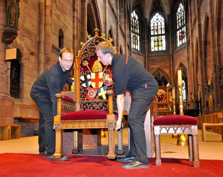 Chefsessel: Als Kathedra für den Papst...torische Bischofsstuhl der Erzdiözese.  | Foto: Michael Bamberger