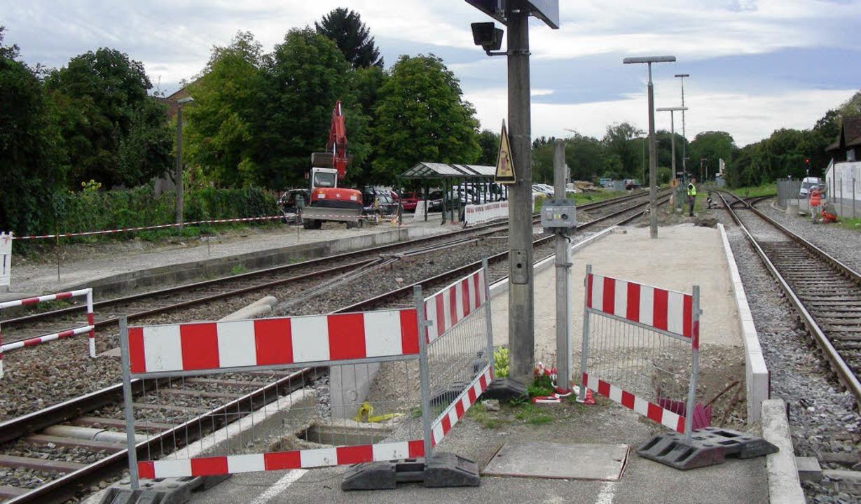 Verlängert werden am Gottenheimer Bahn... 3 (rechts, für die Kaiserstuhlbahn).   | Foto: mario schöneberg