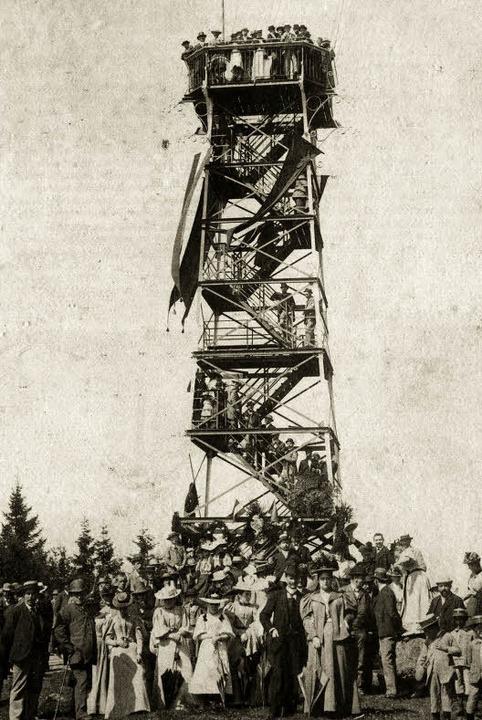 Mit großem Rummel wurde im  August 189...hfolger eines 1875 erbauten Holzturms.    Foto: Schwarzwaldverein Müllheim