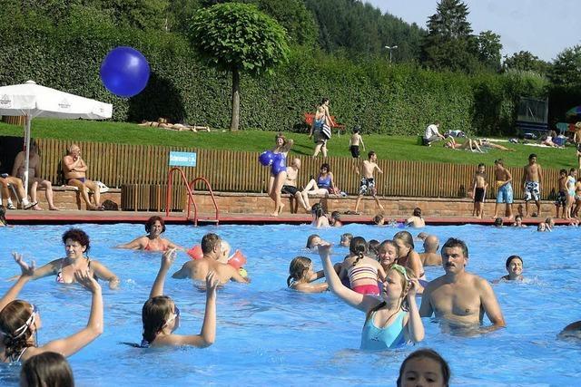 Mehr Besucher im Schwimmbad