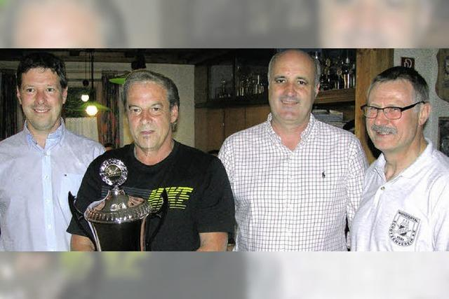 Skiclub gewinnt Pokal