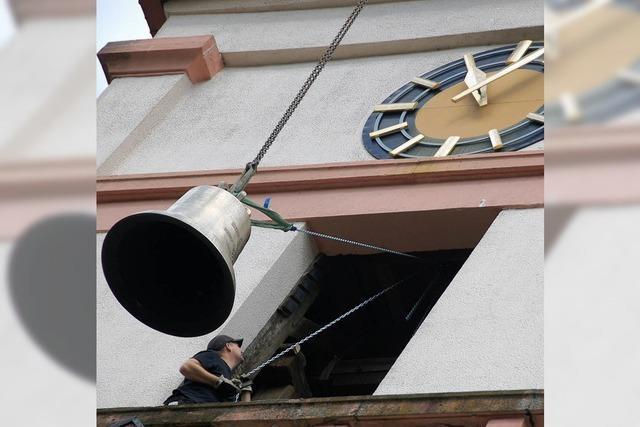 Die neuen Glocken sind nun im Turm