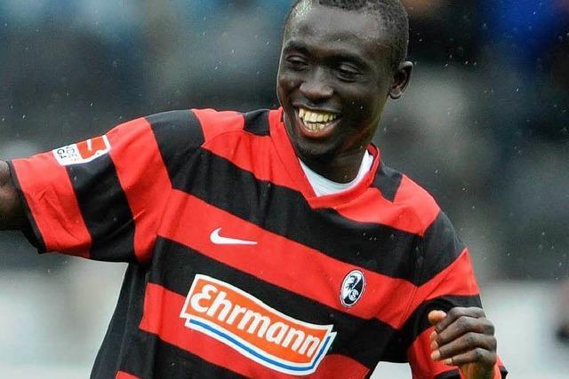 Neuer Vertrag für Cissé - Stürmer darf im Sommer gehen