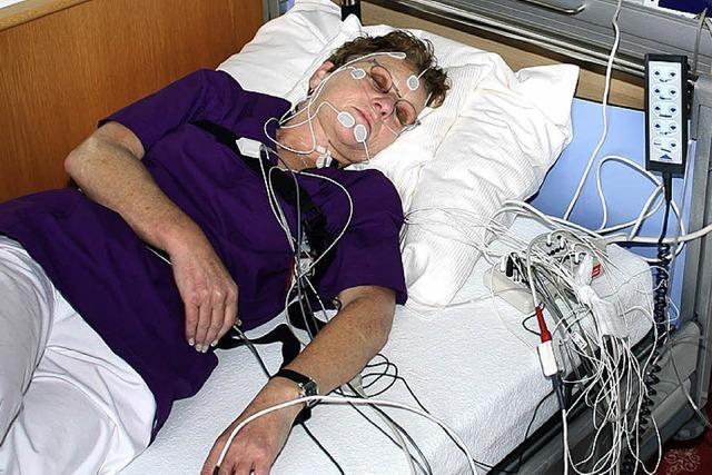 Anstehen beim Lungenfunktionstest