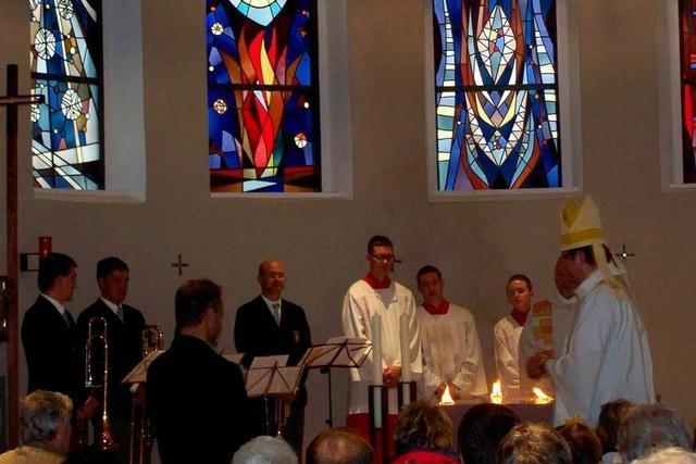 Festliche Altarweihe auf dem Kandel