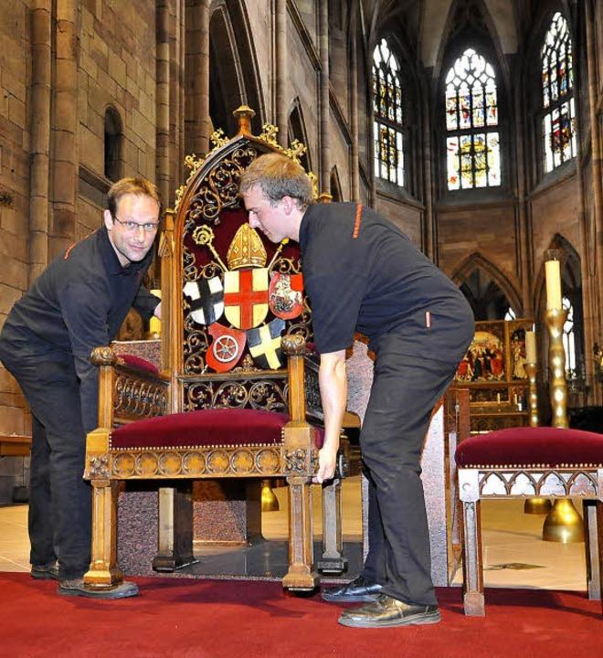 Warten auf den Gast aus Rom: Die Münst...am Samstag Benedikt XVI. sitzen wird.   | Foto: Michael Bamberger