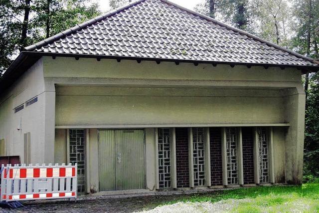 Arbeiten auch am alten Brunnenhaus