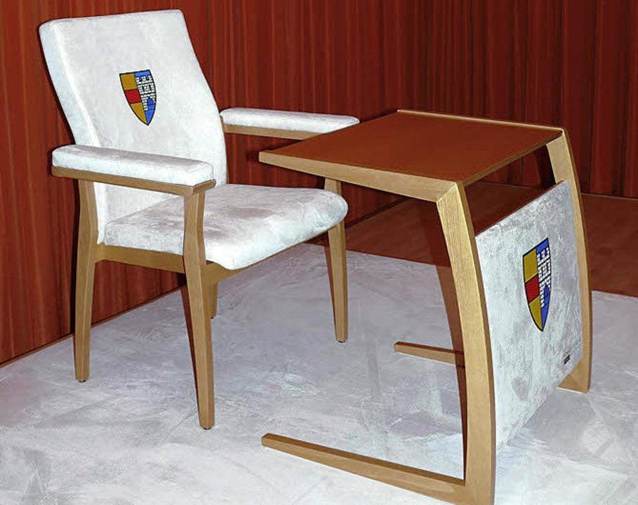 Tisch und Stuhl für den Papst.   | Foto: Privat
