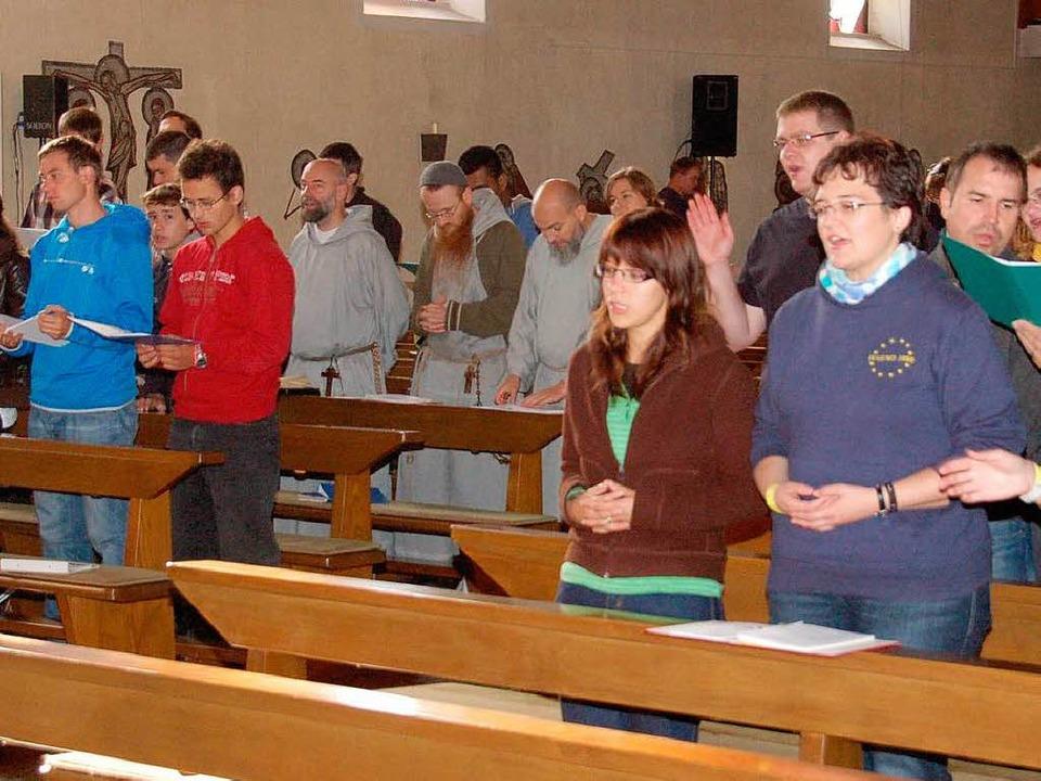 "Die Bewegung ""Jugend 2000""...ch reformierte Franziskaner teilnehmen  | Foto: Teresa Ehrler"
