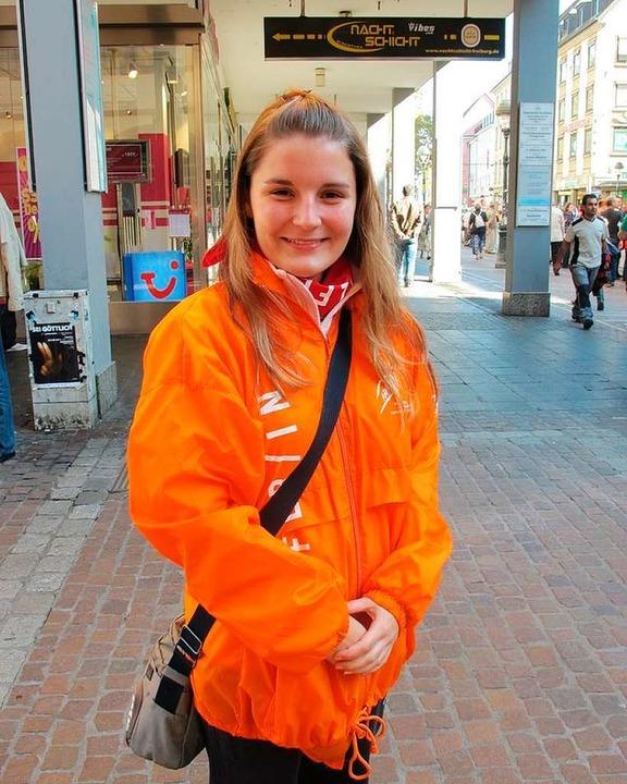 Helferin im Papst-Einsatz: Lisa Bärenfinger.  | Foto: Gina Kutkat
