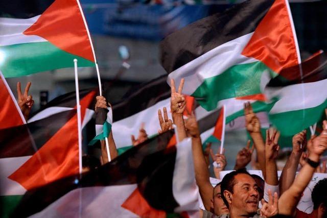 Palästinenser feiern Abbas als Helden