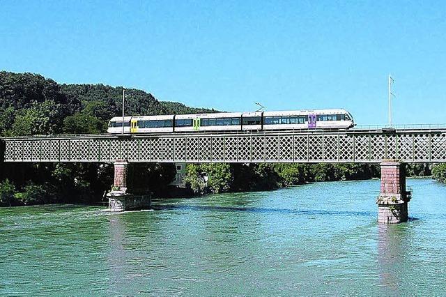 Zug zu schwer für Brücke