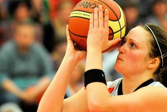 Eisvögel starten mit einem Sieg in die Basketball-Saison