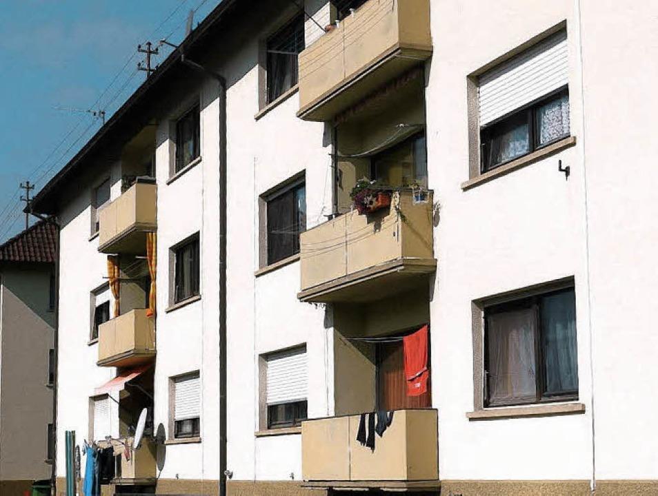 Die beiden Wohnblöcke Hildastraße 23-2...) sollen umgebaut und saniert werden.   | Foto: Eberhard Weiss