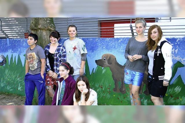 Schülereinsatz fürs Hundefreigehege