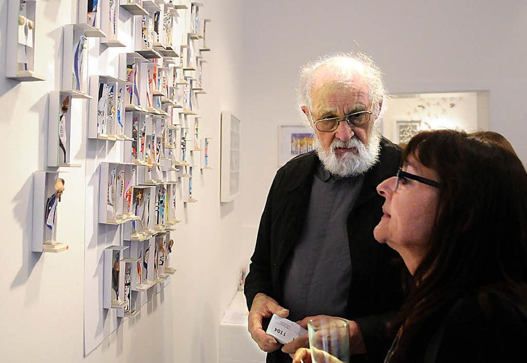 Roland und Sigrid Schäfer und ihre Werke   | Foto: Wolfgang Künstle