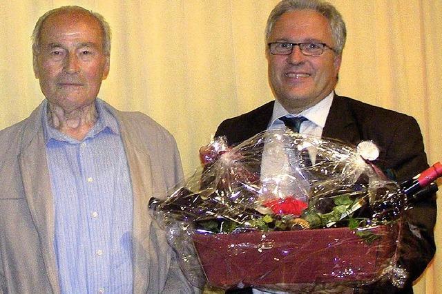 Erwin Huber gibt sein letztes Ehrenamt ab