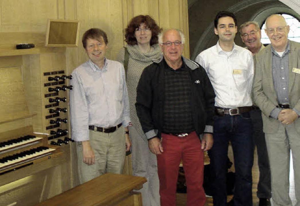 Holländische Orgelfreaks und Organiste... in der Wehrer Sankt-Martins-Kirche.      Foto: hansjörg bader