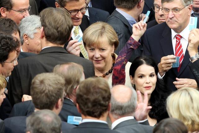 Breite Mehrheit für den erweiterten Euro-Schirm im Bundestag