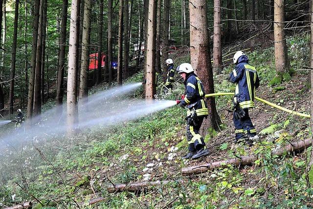 Großbrand im Ambringer Grund als Herausforderung