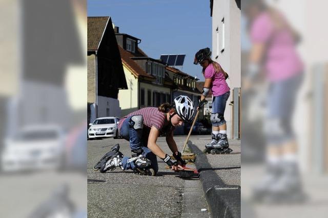 Bürger schwingen die Besen