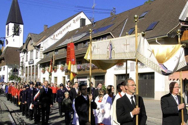 Prozession und Platzkonzert