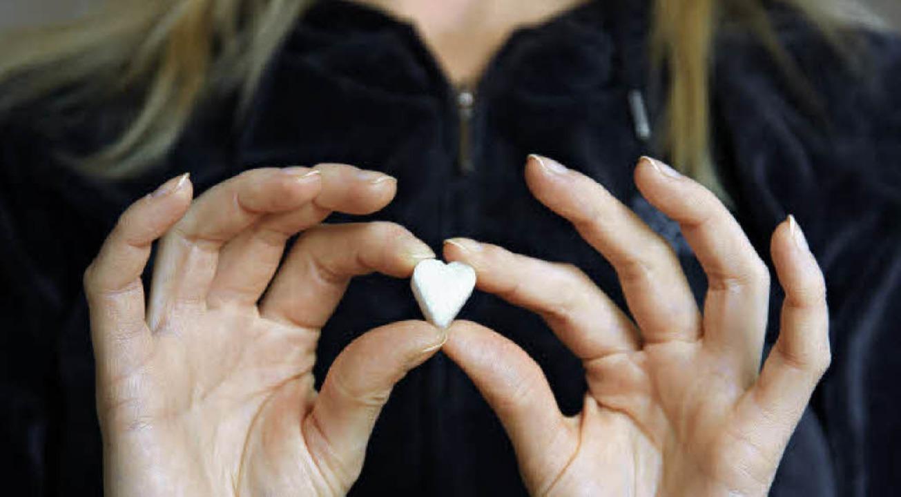 Die sogenannte Zuckerkrankheit schwächt das Herz und andere Organe.  | Foto: fotos: photocase.de/jameek, TKK, dpa, fotolia.com/Sean Gladwell, gms