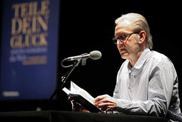 ConText: Jürgen Todenhöfer liest vor vollem Haus aus seinem Buch