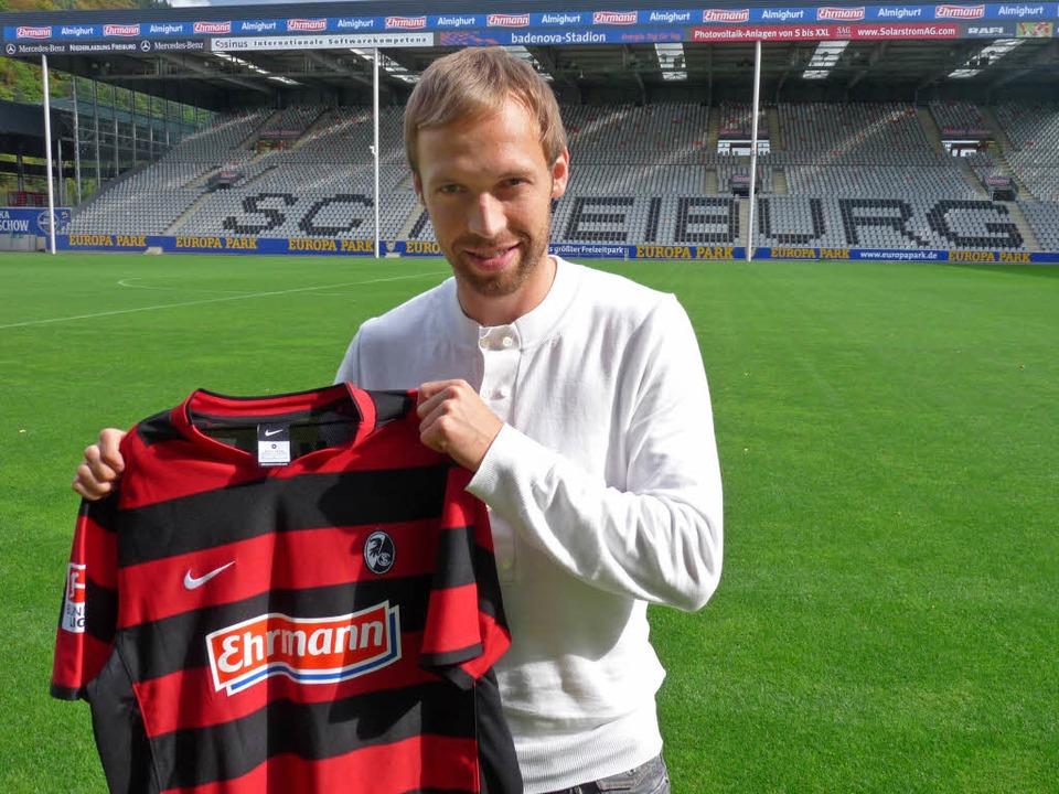 Andreas Hinkel spielt von sofort an für den SC Freiburg.  | Foto: SC Freiburg