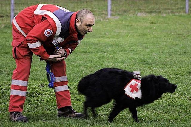 Hund und Herrchen fit für den Einsatz