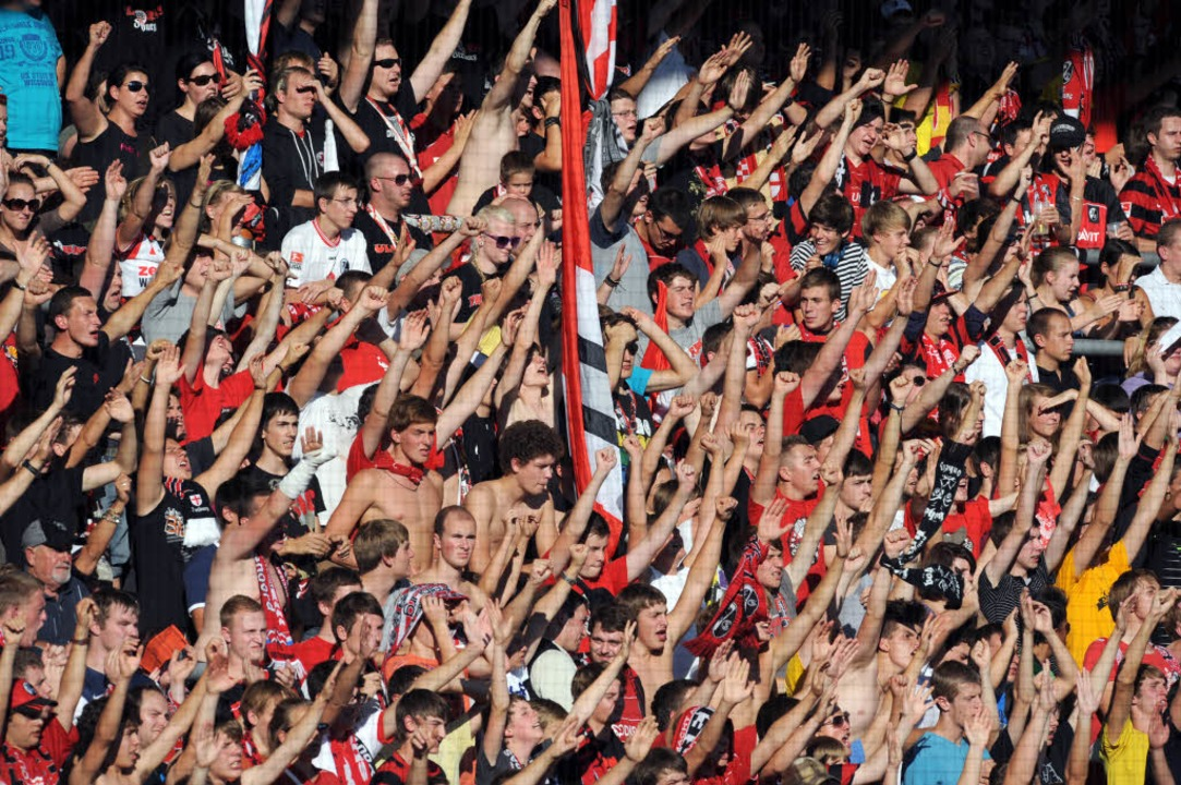 Wo jubeln die Fans in Zukunft über Tore des SC Freiburg?    Foto: dpa