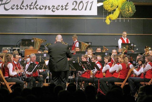 Orchester und Solisten glänzen