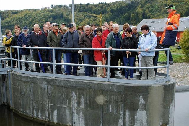 Im Wasserkraftwerk fließt der Besucherstrom