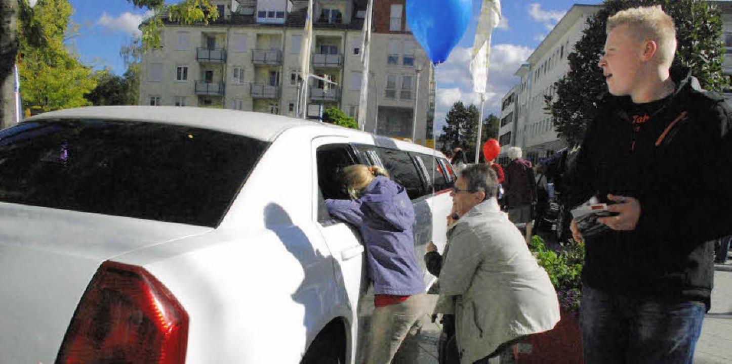 Die zahlreichen, in der Stadt verteilt...utostadt samt verkaufsoffenem Sonntag.  | Foto: Maja Tolsdorf