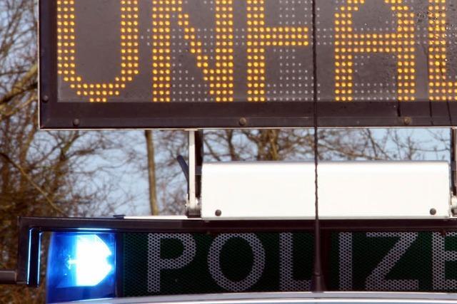 Zwei Minderjährige sterben bei Autounfall bei Stockach