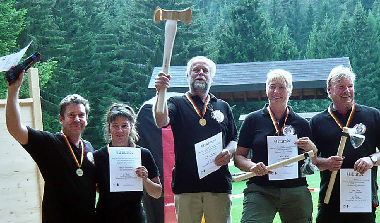 Erfolgreich bei den   Deutsche Meister...nd Horst Rösch, alle aus Rippolingen.   | Foto: BZ