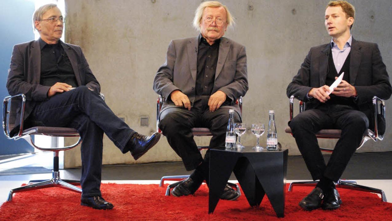 Peter Sloterdijk (Mitte) sprach mit Wa... und Mateo Kries über Rudolf Steiner.   | Foto: Thomas Mink