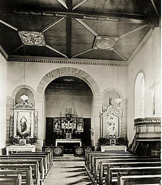 Das Kircheninner, wie es sich bis zur Renovierung präsentierte.    Foto: Stadtarchiv