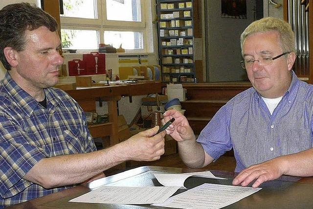 Vertrag mit dem Orgelbauer steht
