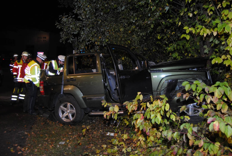 Das Autowrack nach dem Unfall    Foto: Martin Ganz