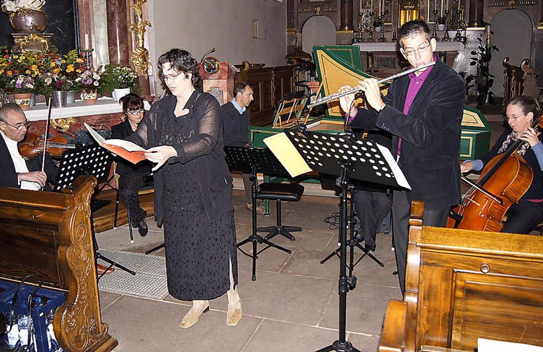 Gaben ein schönes Kirchenkonzert: die Lehrer des Musischen Zentrums Ebringen.  | Foto: Nicole Rosenthal