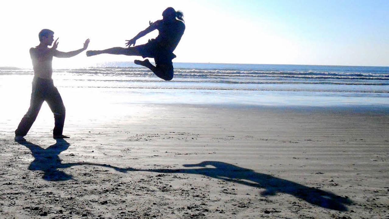 Sensei Chandana  beim Training mit sei...tmeisterschaft in Florida-Beach (USA).  | Foto: Privat