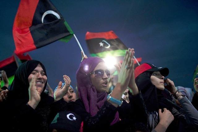 Gaddafi in Wüste beerdigt