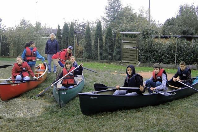 Mit Boot, Rad und zu Fuß