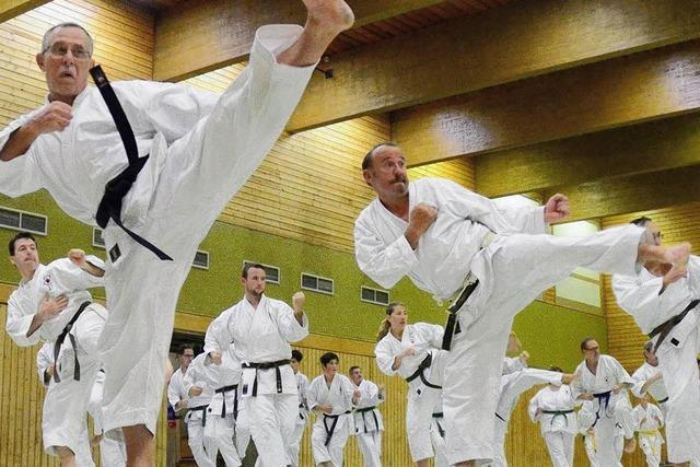 Lehrgang mit dem Beckenbauer des Karate